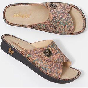 Alegria Women's Vivica County Road Leather Sandal